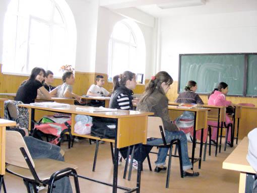 elevi la școală