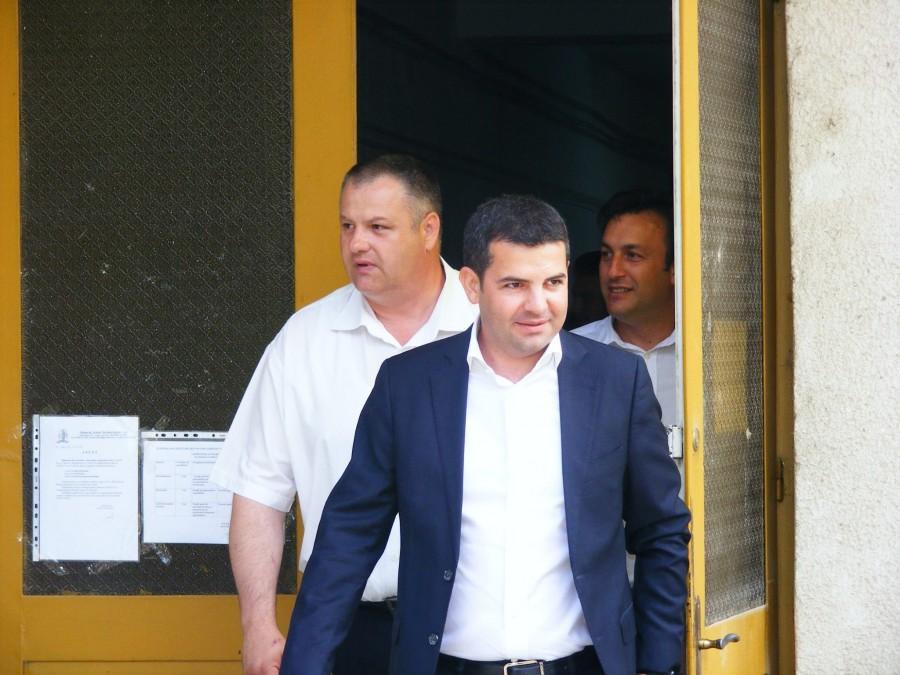 Mircea Irmie alături de ministrul agriculturii Daniel Constantin (prim-plan)