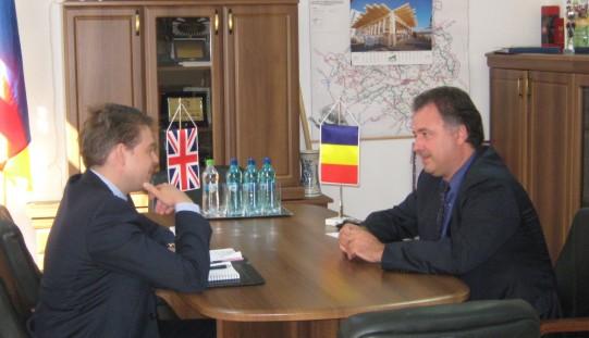 Vizita la  Consiliul Judeţean a adjunctului şefului misiunii diplomatice a Marii Britanii