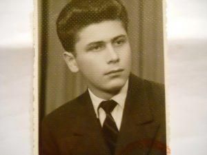Alexandru Grigore Pisoschi la18 ani