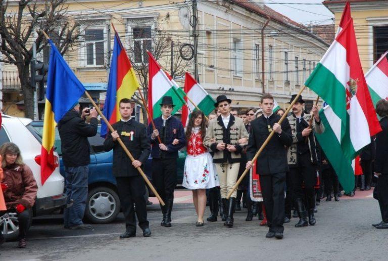 În 4 iunie maghiarii vor comemora Pactul de la Trianon în fața statuii lui Matei Corvin din Cluj Napoca