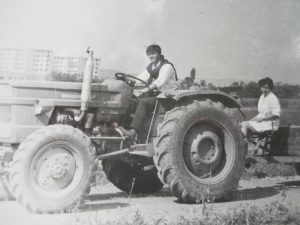 Pe tractor in 1972