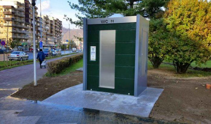 toaleta publica eco wc public
