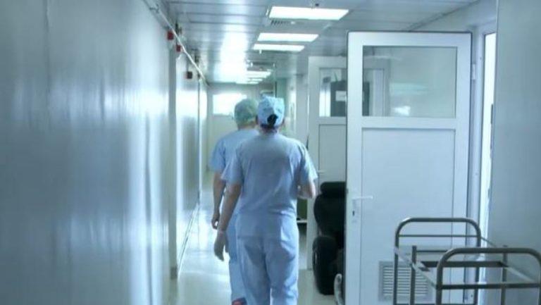 Criză la un mare spital din România: zeci de cadre medicale s-au infectat cu coronavirus