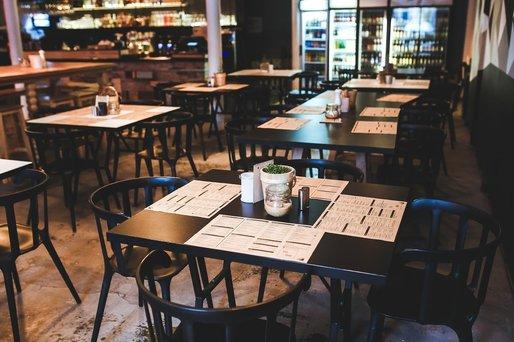 Restaurantele s-ar putea redeschide în 9 iulie