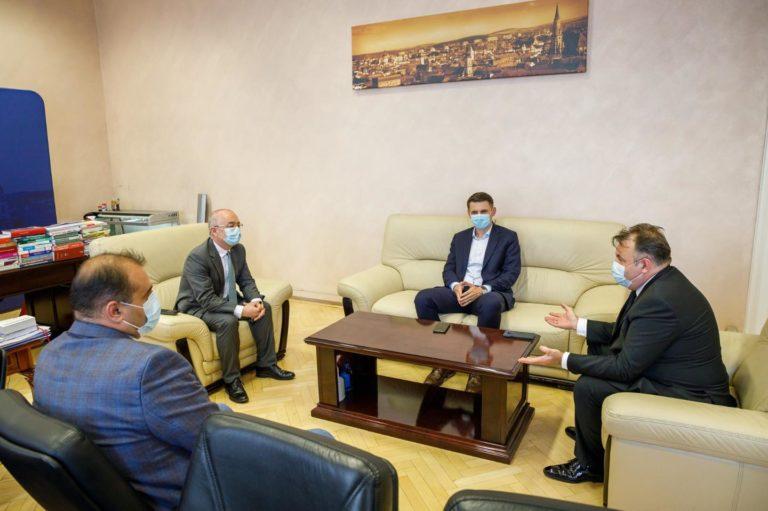 Întâlnire de lucru cu Tătaru la Cluj. Vizita ministrului nu a fost anunțată