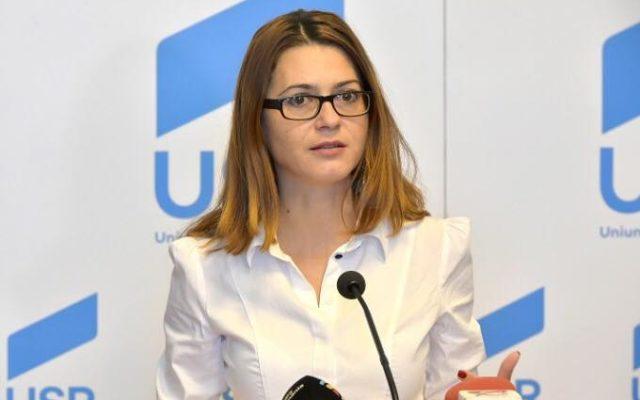 senatorul USR Florina Presadă