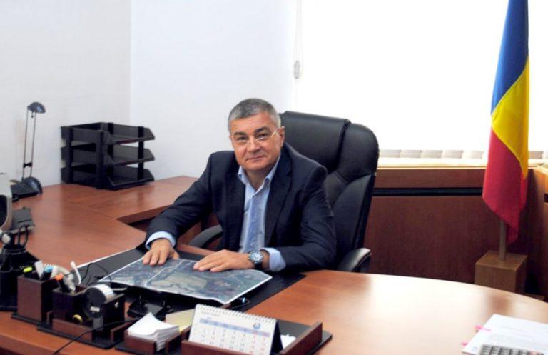 Șeful ANAR, Victor Sandu, și patronii unei firme bistrițene care au câștigat contracte de 30 milioane de lei, trimiși în judecată pentru corupție